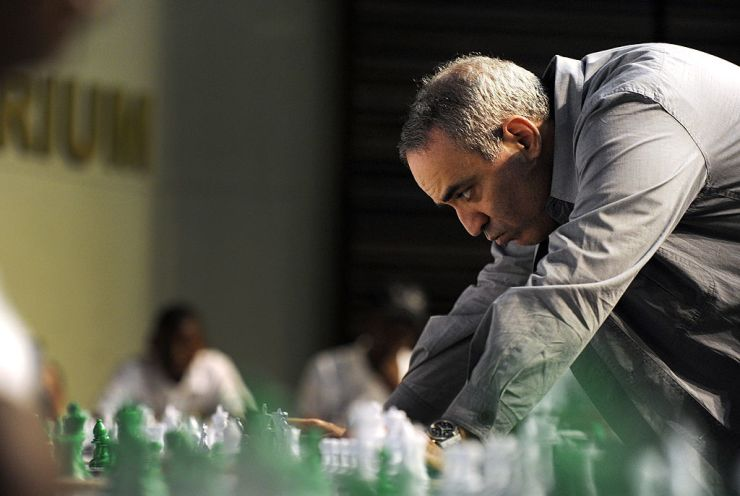 Chess legend Garry Kasparov warns of a 'cyber Cold War,' says Western 'political will' needed