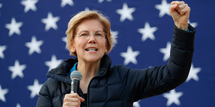 Elizabeth Warren attacks the private equity industry with new regulation proposals